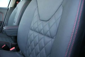 Renault Clio Buffalino Leder Antraciet Diamond Stiksel Detail