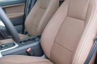 Land Rover Discovery Sport, Alba Buffalino Leder Nougat Bruin Wit stiksel voorstoelen