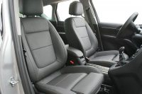 Opel Meriva, Alba Buffalino leder antraciet voorstoelen