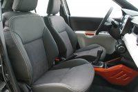 Suzuki Ignis, Alba eco-leather antraciet met alcantara middenbanen voorstoelen