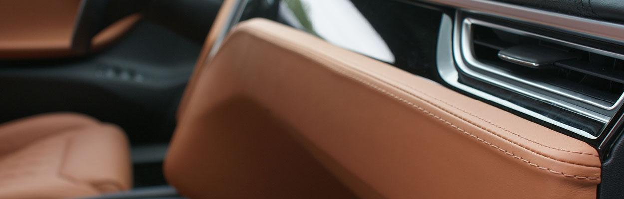 Tesla-leren-bekleding-dashboard