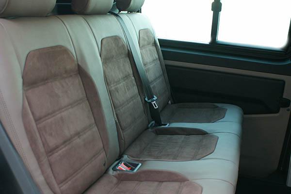 Volkswagen Transporter T6, Alba Buffalino Leder Chocolade bruin met Alba Amber Alcantara achterbank