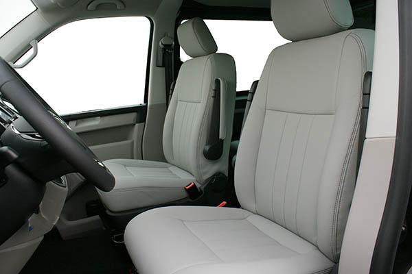 Volkswagen Transporter T6, Alba eco-leather Titanium Grijs voorstoelen
