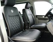 Volkswagen Transporter T6, Alba Buffalino Leder Zwart met dubbel Diamond piping en logo voorstoelen