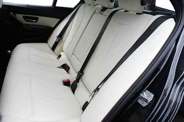 BMW 3-serie F30, Alba Buffalino Leder Wit achterbank