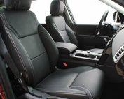 Land Rover Discovery, Alba Buffalino Leder Zwart met wit stiksel voorstoelen