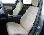 Volvo V90, Alba Buffalino Leder Pearl voorstoel