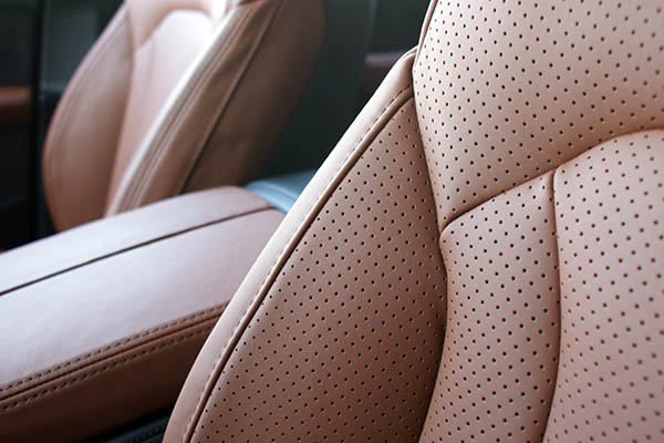 Audi SQ7, Alba Origineel Audi Nappa Leder Valcona Cognac Perforatie Detail