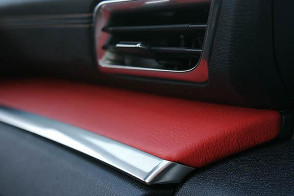 Peugeot 3008 Alba Buffalino Leder Zwart Rood Decoset