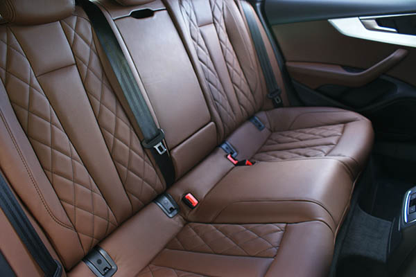 Audi A5 Sportback Alba Buffalino Leder Nougat Bruin Diamond Achterbank Detail