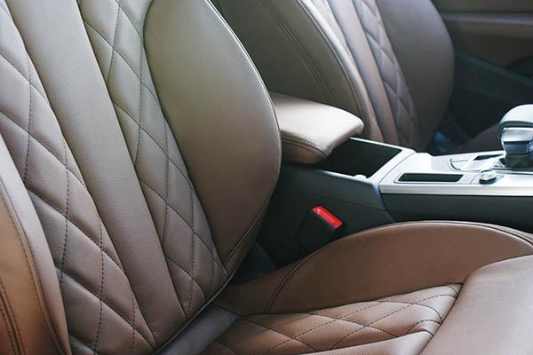 Audi A5 Sportback Alba Buffalino Leder Nougat Bruin Diamond Voorstoelen Detail