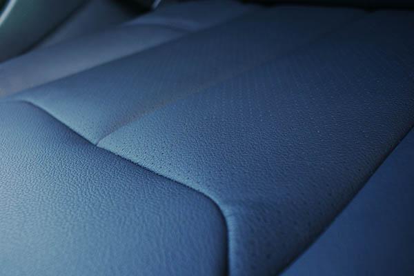 BMW 320i F30 Alba eco-leather Zwart Interieur Perforatie